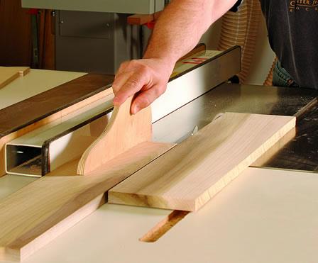 tavolo-legno-lavorazione